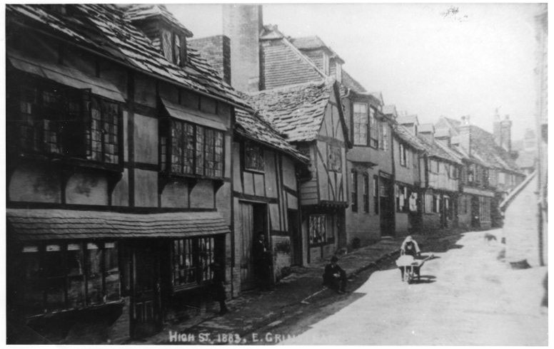 East Grinstead Museum – Behind Middle Row on the High Street