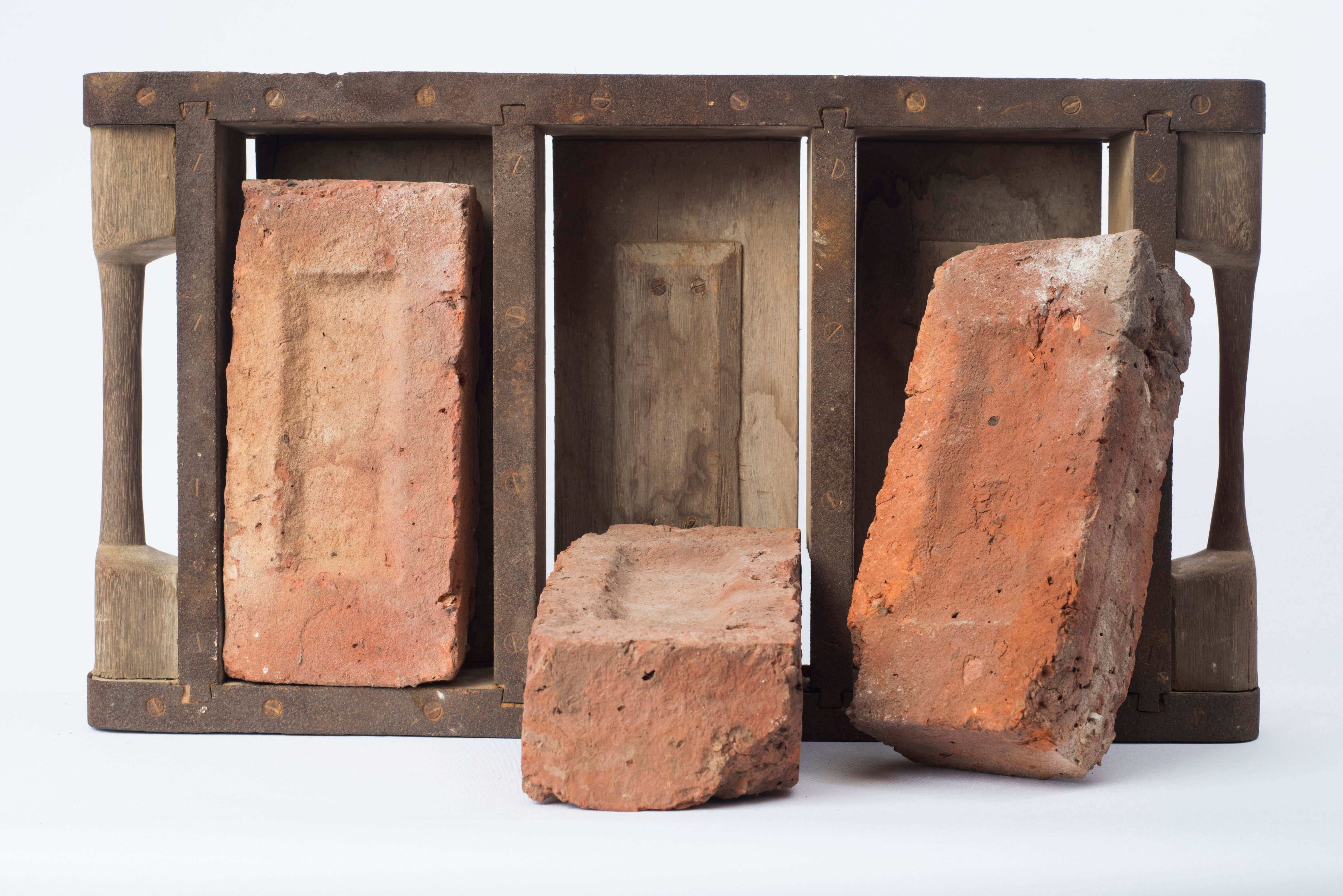 Bricks and Mould – East Grinstead Museum