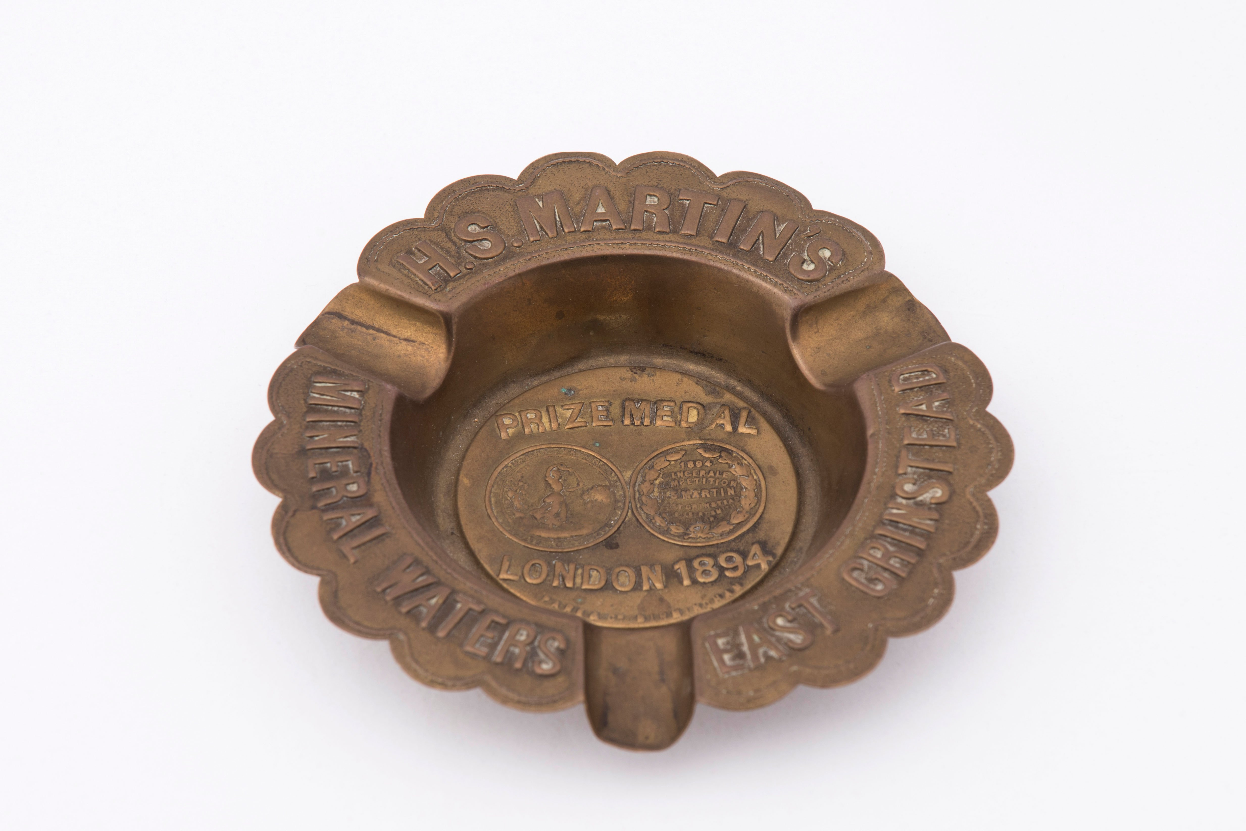 Ashtray – East Grinstead museum